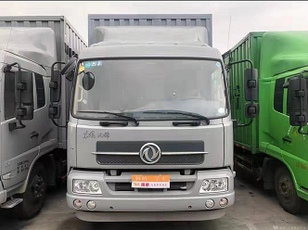 DONGFENG Cargo truck skåplastbil