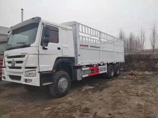HOWO Cargo truck skåplastbil