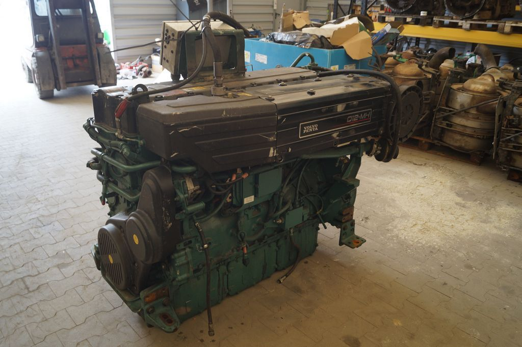 VOLVO COMPLETE ENGINE PENTA / D12-GMH / WORLDWIDE DELIVERY motor till andra